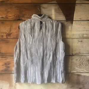 NICOLA Tops - Nicola Size XL Silver Accordion Top